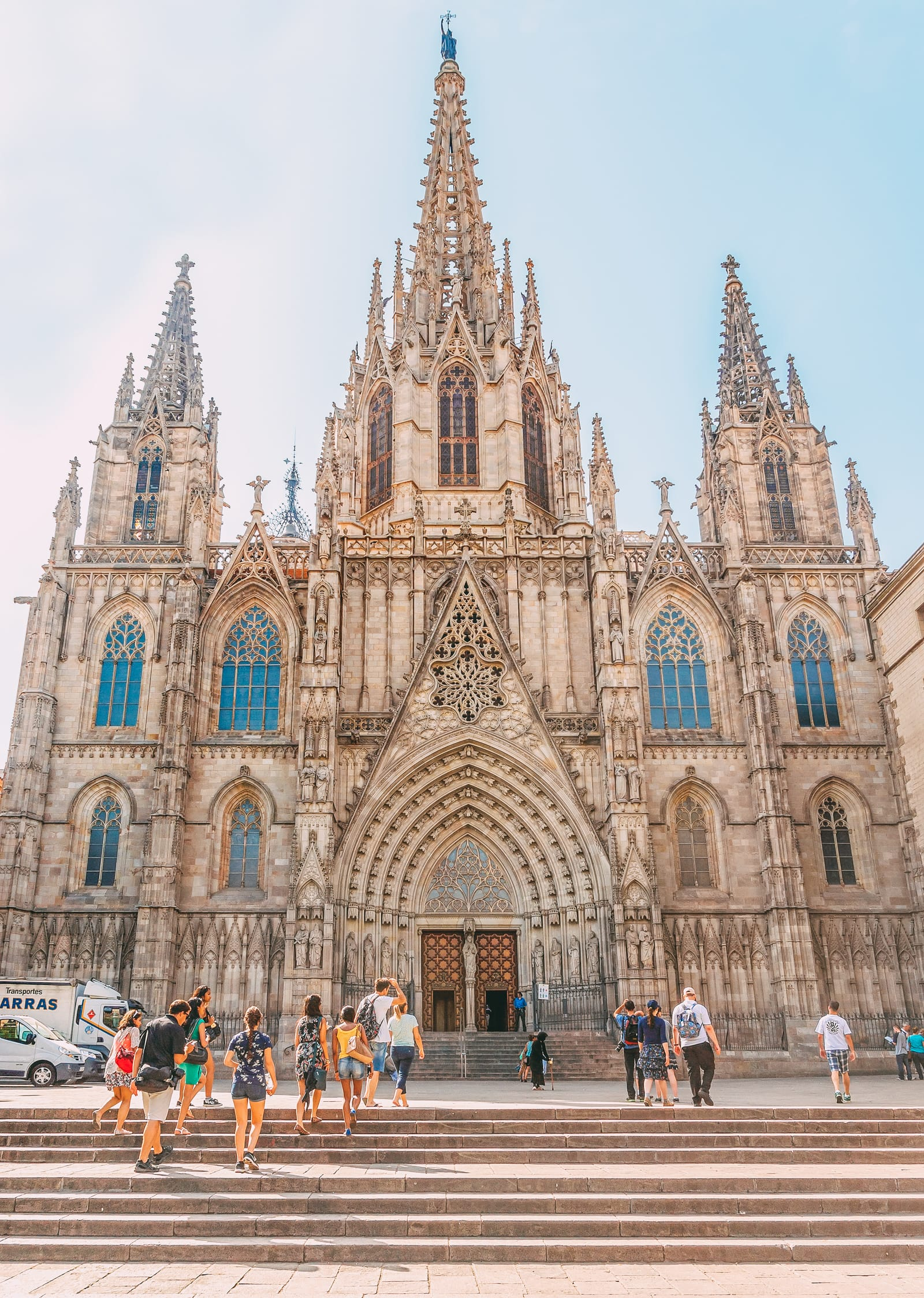 25 Best Things To Do In Barcelona, Spain (22)