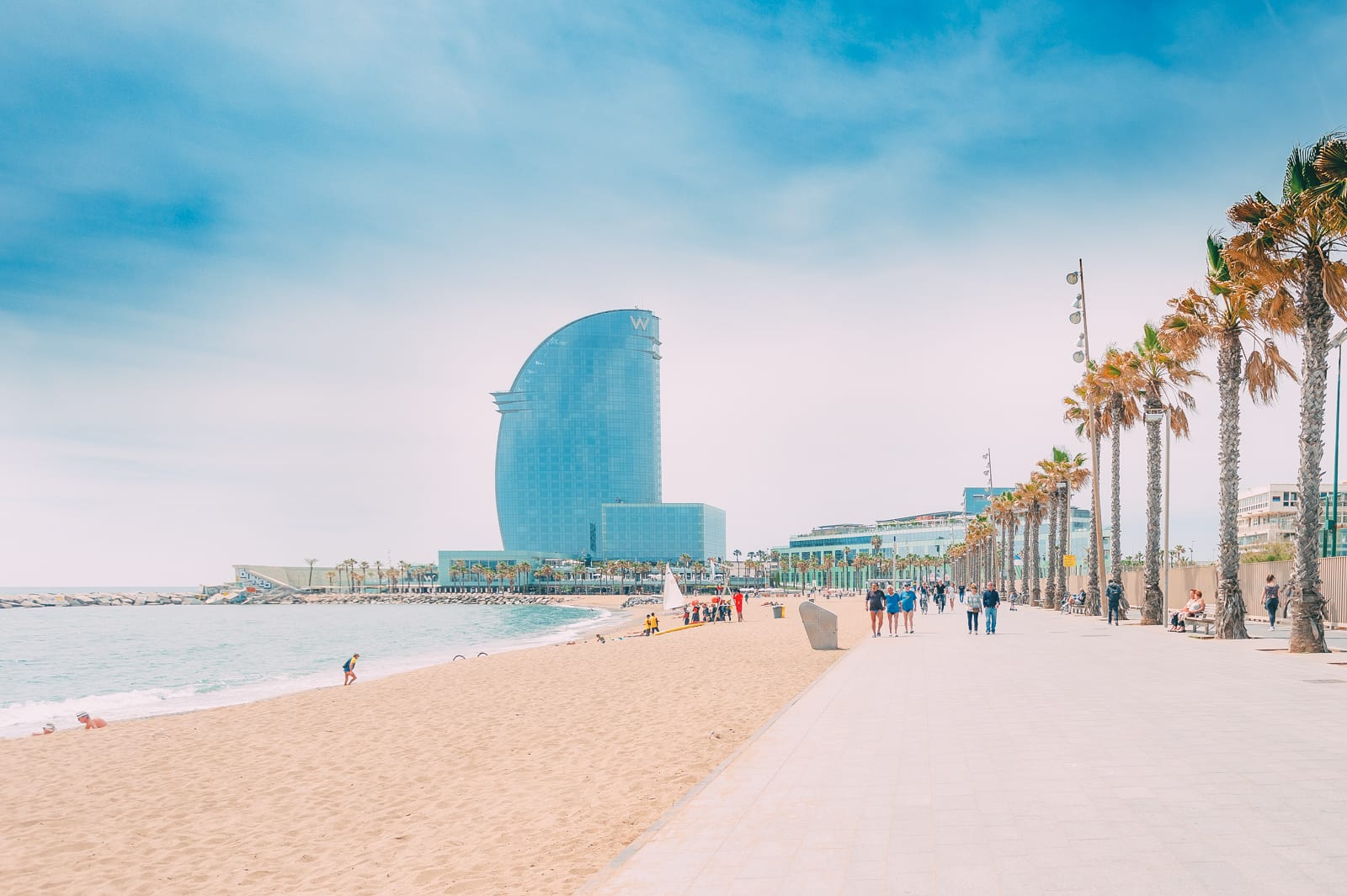 25 Best Things To Do In Barcelona, Spain (4)
