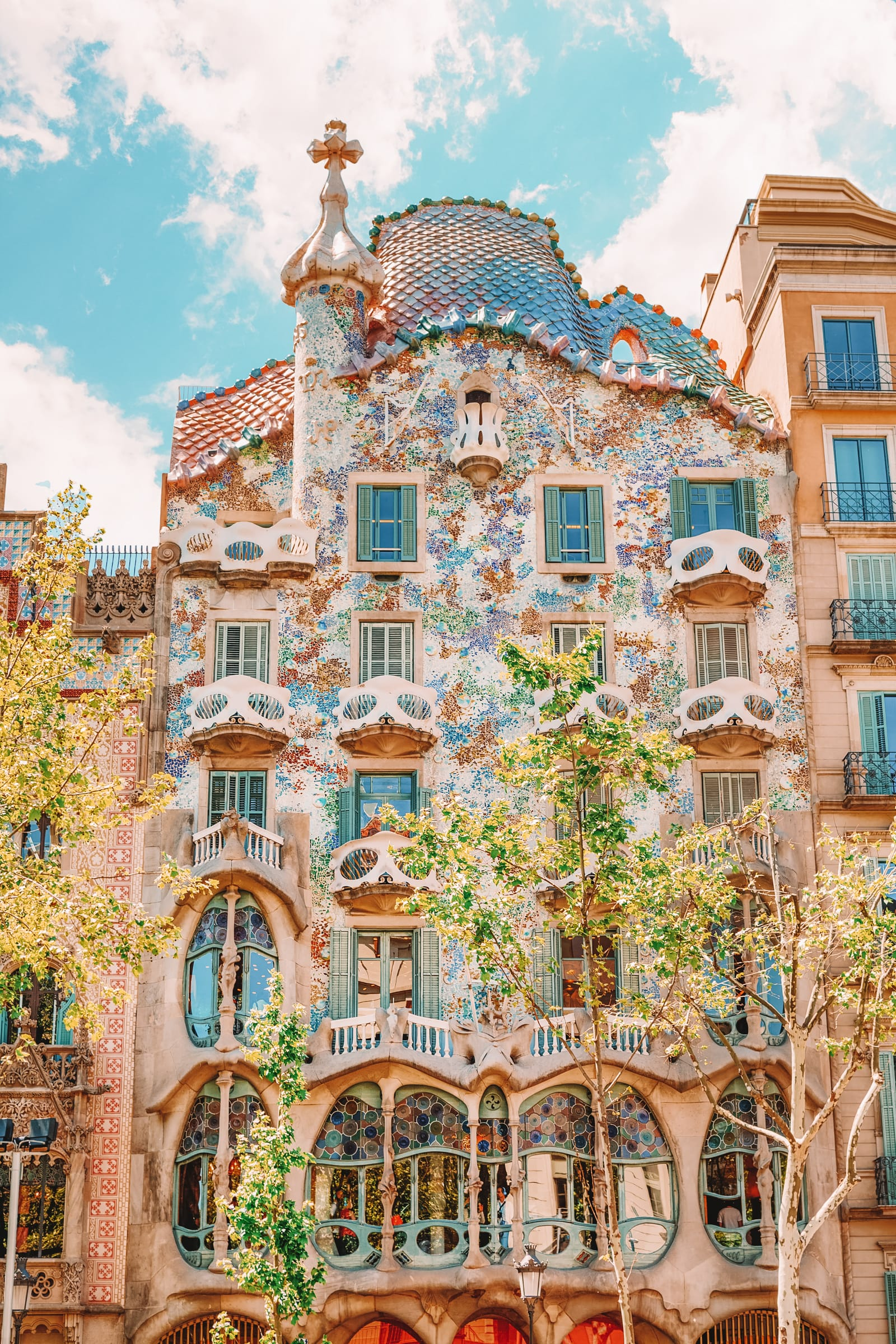 25 Best Things To Do In Barcelona, Spain (23)