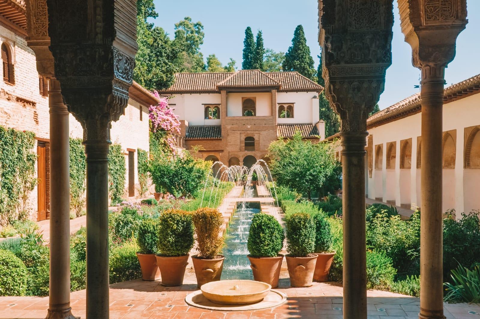 15 Best Things To Do In Granada, Spain (6)