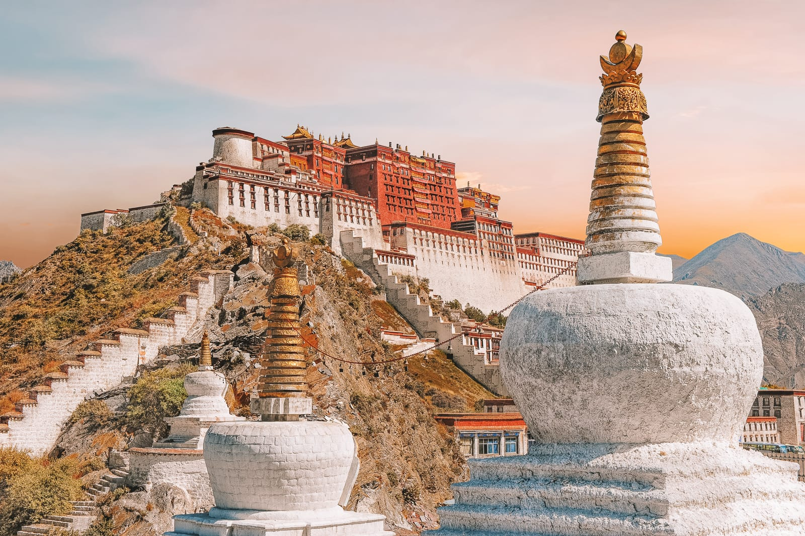 11 Best Cities To Visit In China (10)