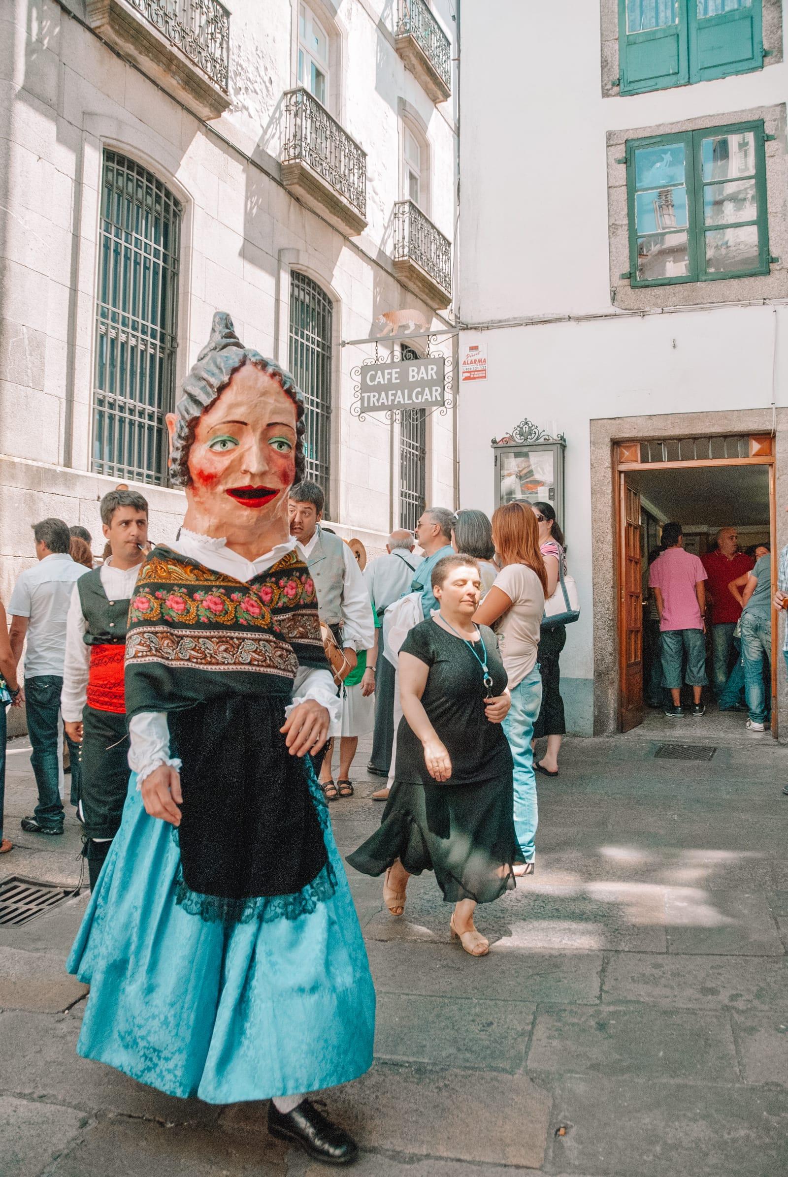 15 Best Things To Do In Santiago De Compostela, Spain (6)