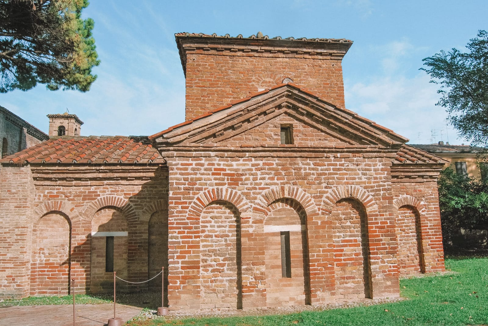 14 Best Things to do in Ravenna, Italy (9)