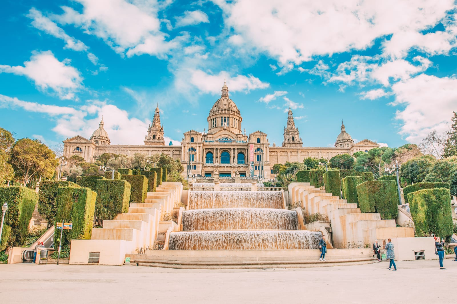 25 Best Things To Do In Barcelona, Spain (5)