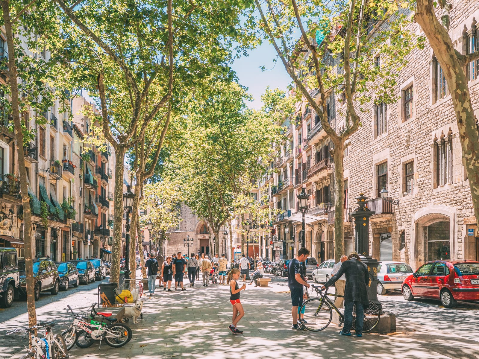 25 Best Things To Do In Barcelona, Spain (13)
