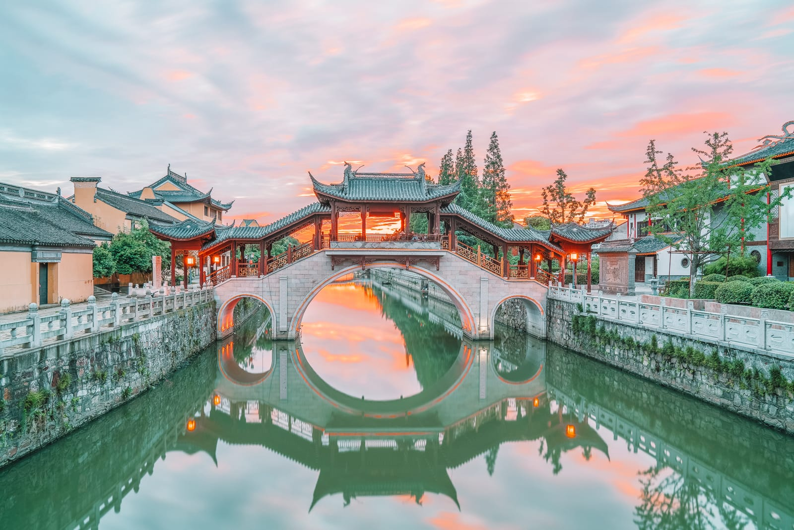 11 Best Cities To Visit In China (2)