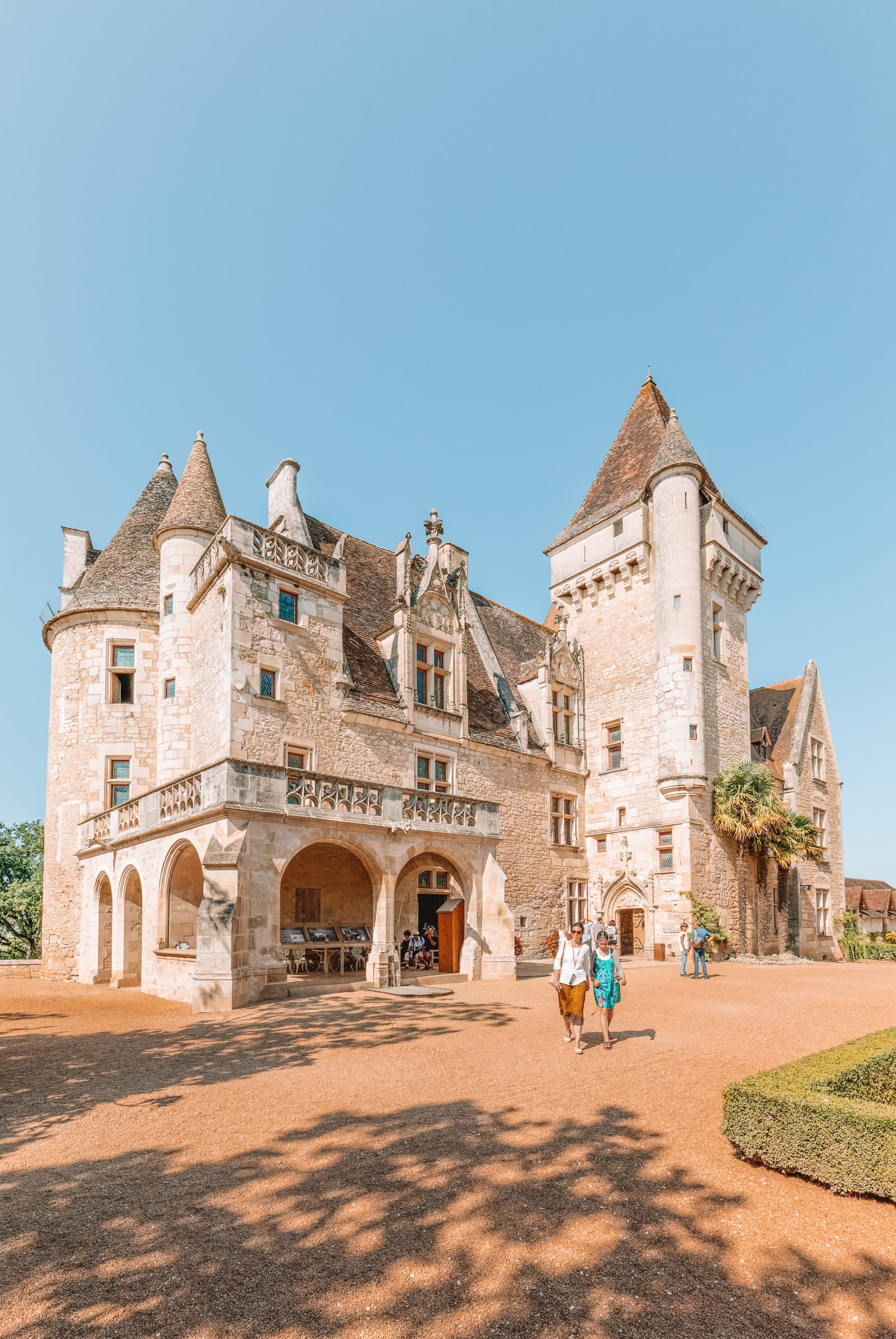 14 Best Things To Do In Dordogne, France (12)