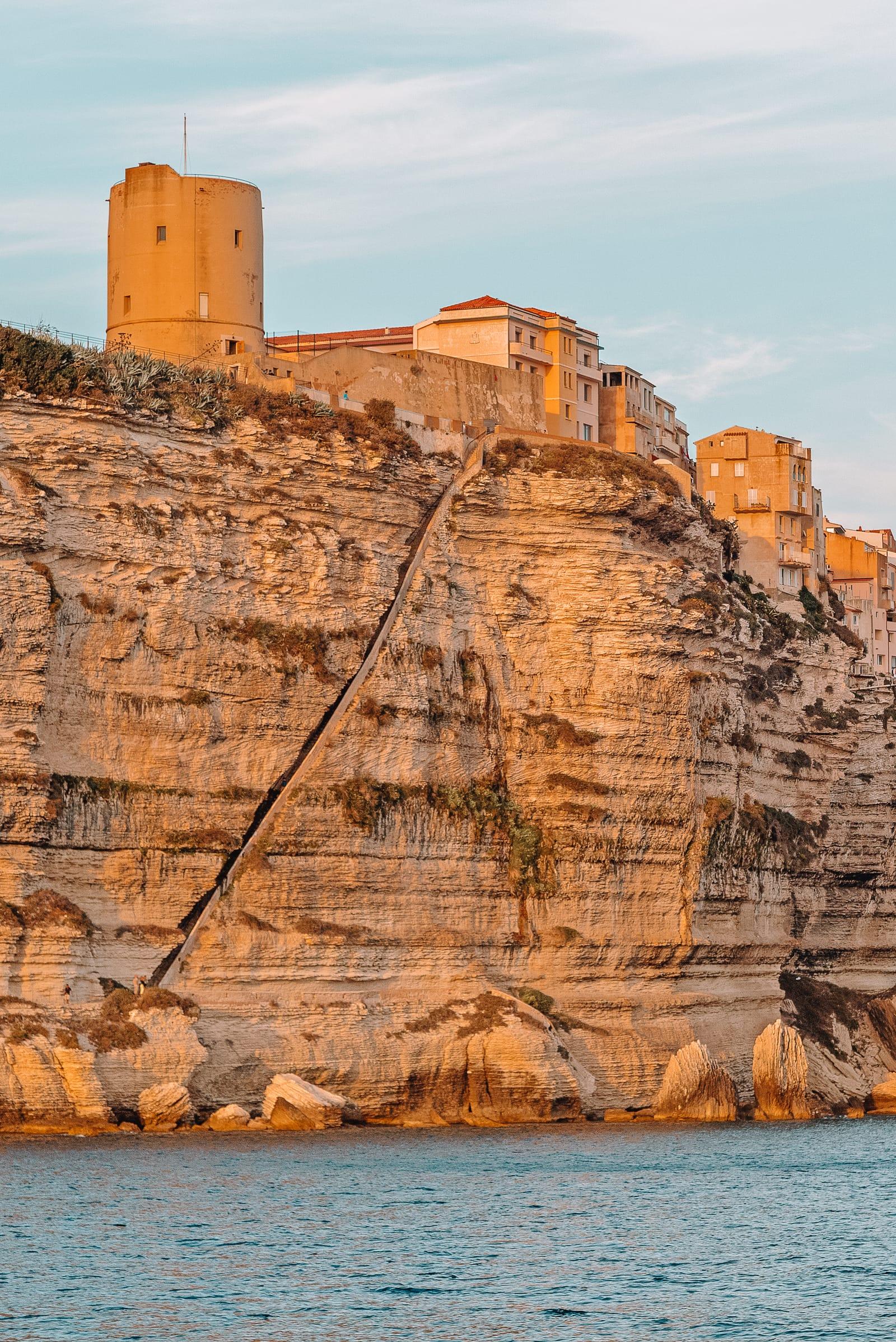 Лестница короля Арагона. Корсика