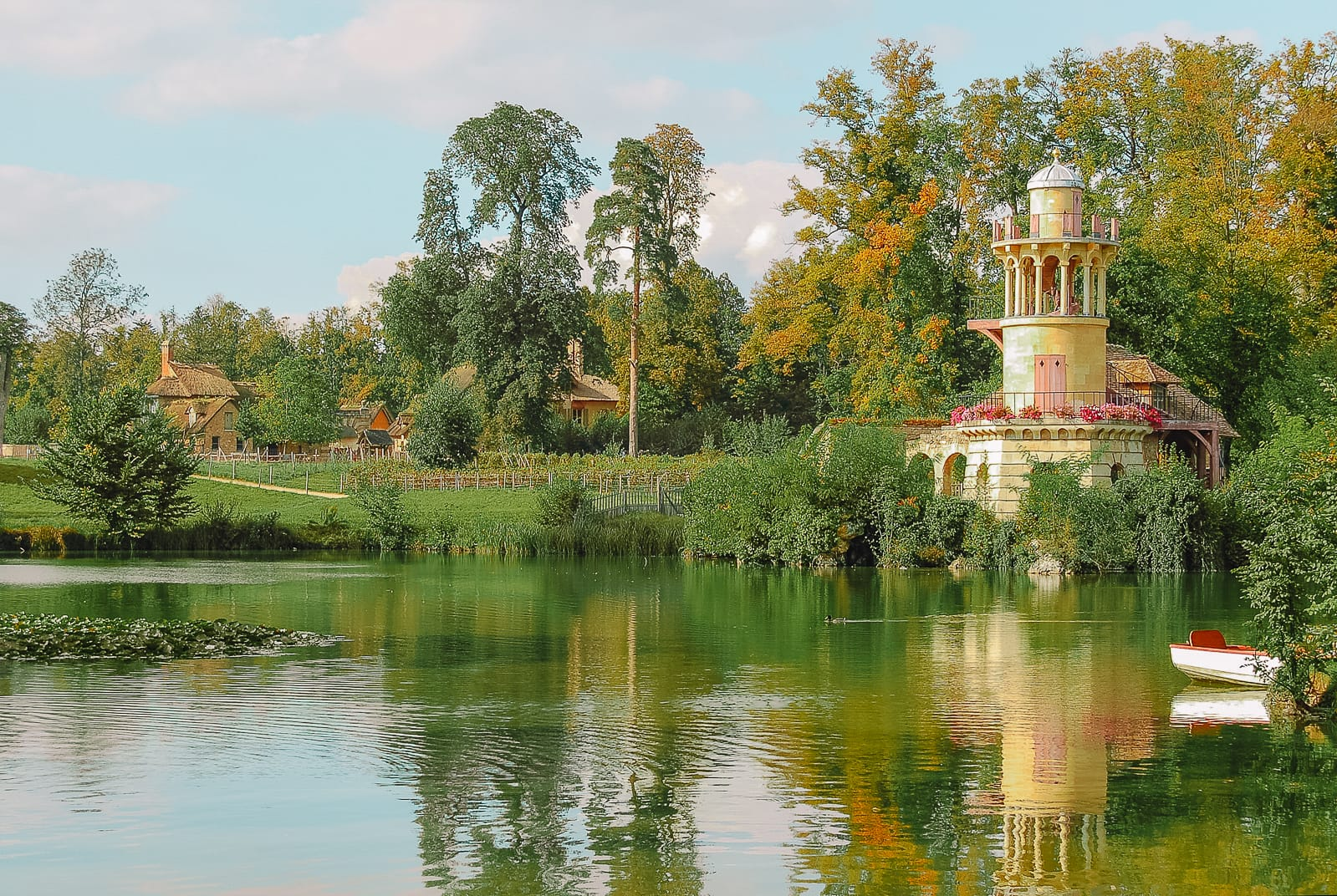 10 Best Things To Do In Versailles, France (7)