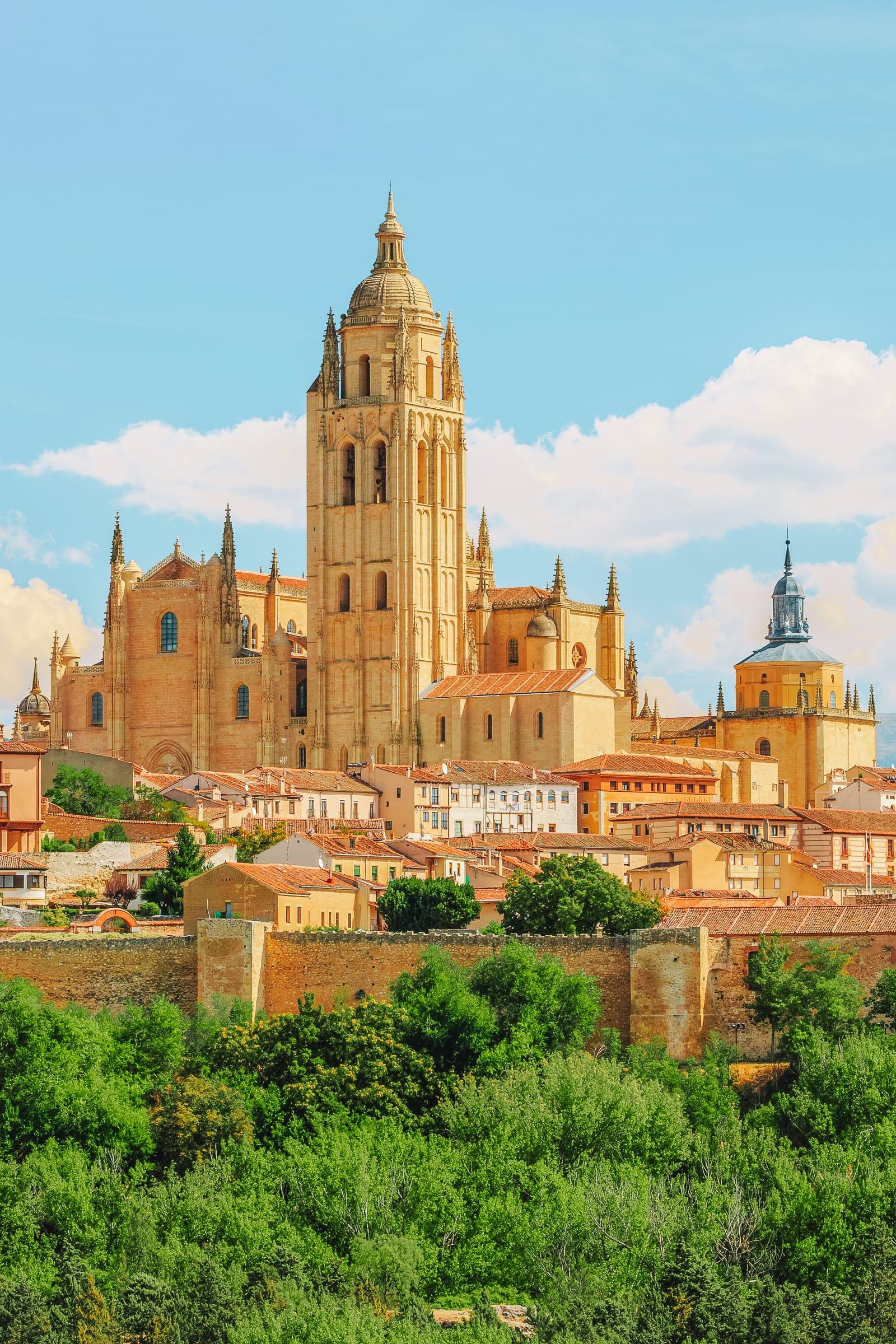 15 Best Things To Do In Avila, Spain (14)